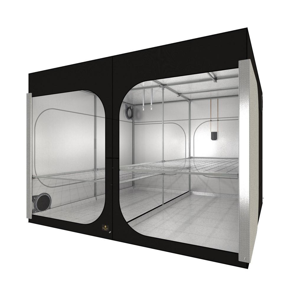 Secret Jardin Dark Room (297x297x217 cm) rev. 4.0
